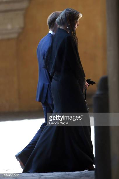 d Queen Maxima flanked by the Dutch ambassador in Rome leave the Apostolic Palace at the end of an audience with Pope Francis on June 22 2017 in...
