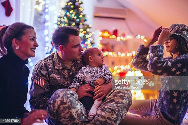 Daddy soldier's home für Weihnachten