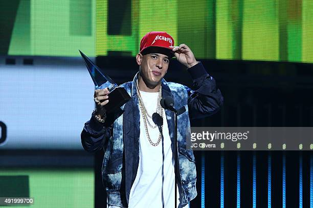 Daddy Yankee accepts the award for 'Favorite Urban Male Artist' onstage during Telemundo's Latin American Music Awards 2015 at Dolby Theatre on...