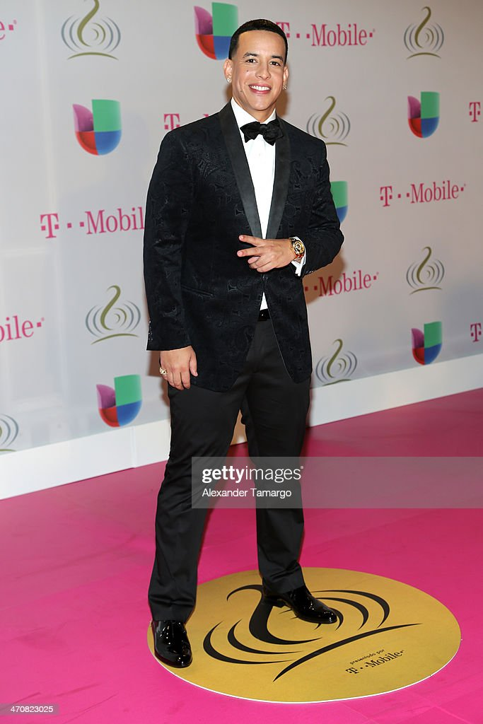 <a gi-track='captionPersonalityLinkClicked' href=/galleries/search?phrase=Daddy+Yankee&family=editorial&specificpeople=211185 ng-click='$event.stopPropagation()'>Daddy Yankee</a> attends Premio Lo Nuestro a la Musica Latina 2014 at American Airlines Arena on February 20, 2014 in Miami, Florida.