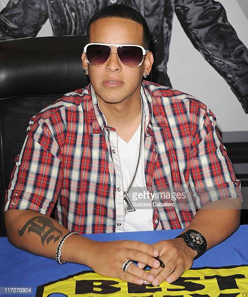 Daddy Yankee greets fans and signs autographs to promote his new record release Mundial on May 9 2010 in Miami Florida