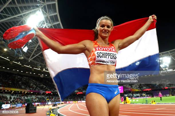 Dafne Schippers of the Netherlands celebrates after winning gold in the Women's 200 metres final during day eight of the 16th IAAF World Athletics...