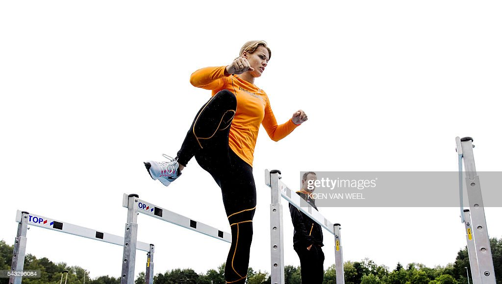 Dafne Schippers trains during the team presentation of the Dutch team for the European Athletics Championships 2016 in Amsterdam, on June 27, 2016. / AFP / ANP / Koen van Weel / Netherlands OUT