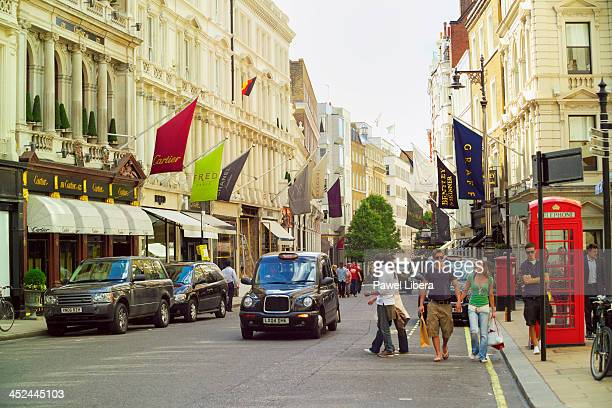 Daily shopping activity London's Bond Street