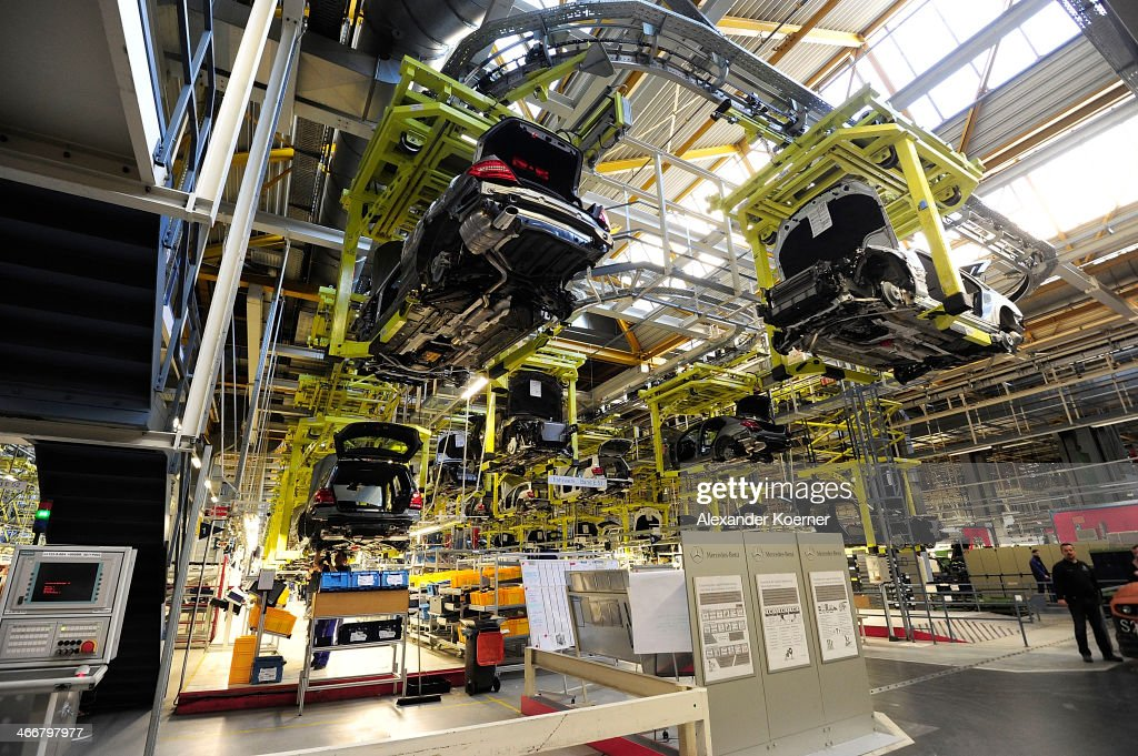 Daimler launches production of new c class mercedes for Mercedes benz manufacturing plant in usa