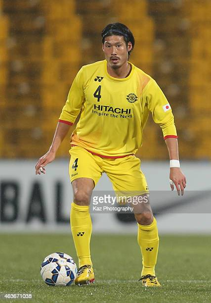 Daisuke Suzuki of Kashiwa Reysol in action during the AFC Champions League playoff match between Kashiwa Reysol and Chonburi FC at Hitachi Kashiwa...