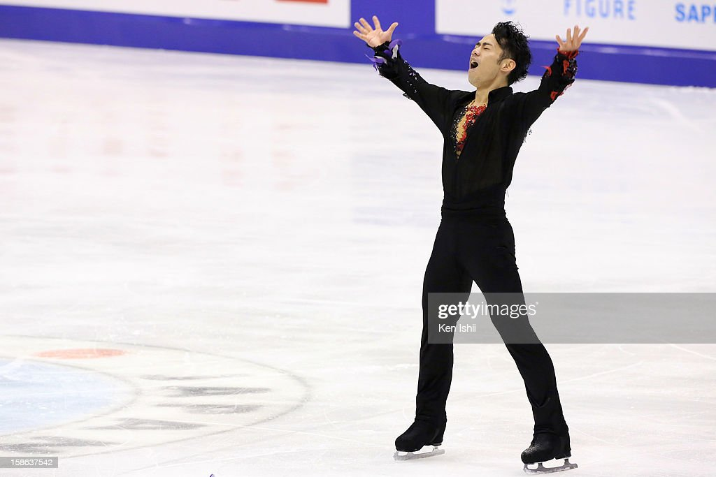 <a gi-track='captionPersonalityLinkClicked' href=/galleries/search?phrase=Daisuke+Takahashi&family=editorial&specificpeople=725172 ng-click='$event.stopPropagation()'>Daisuke Takahashi</a> competes in the Men's Free Program during day two of the 81st Japan Figure Skating Championships at Makomanai Sekisui Heim Ice Arena on December 22, 2012 in Sapporo, Japan.