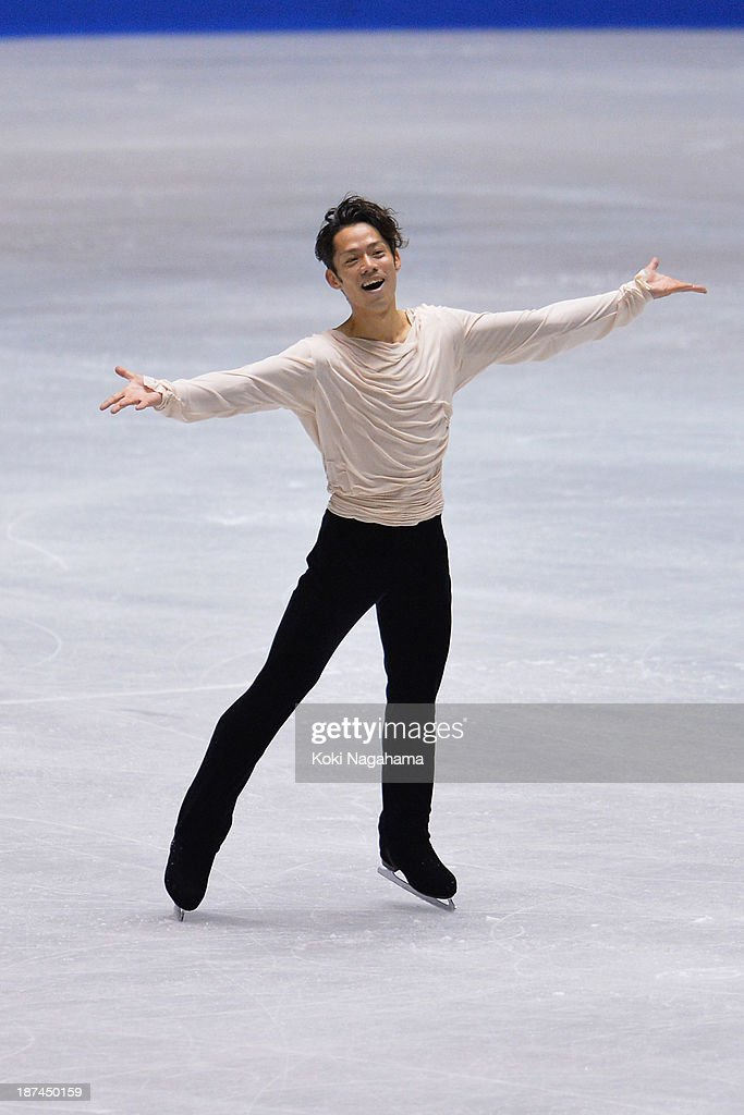<a gi-track='captionPersonalityLinkClicked' href=/galleries/search?phrase=Daisuke+Takahashi&family=editorial&specificpeople=725172 ng-click='$event.stopPropagation()'>Daisuke Takahashi</a> of Japan competes in the men's free program during day two of ISU Grand Prix of Figure Skating 2013/2014 NHK Trophy at Yoyogi National Gymnasium on November 9, 2013 in Tokyo, Japan.