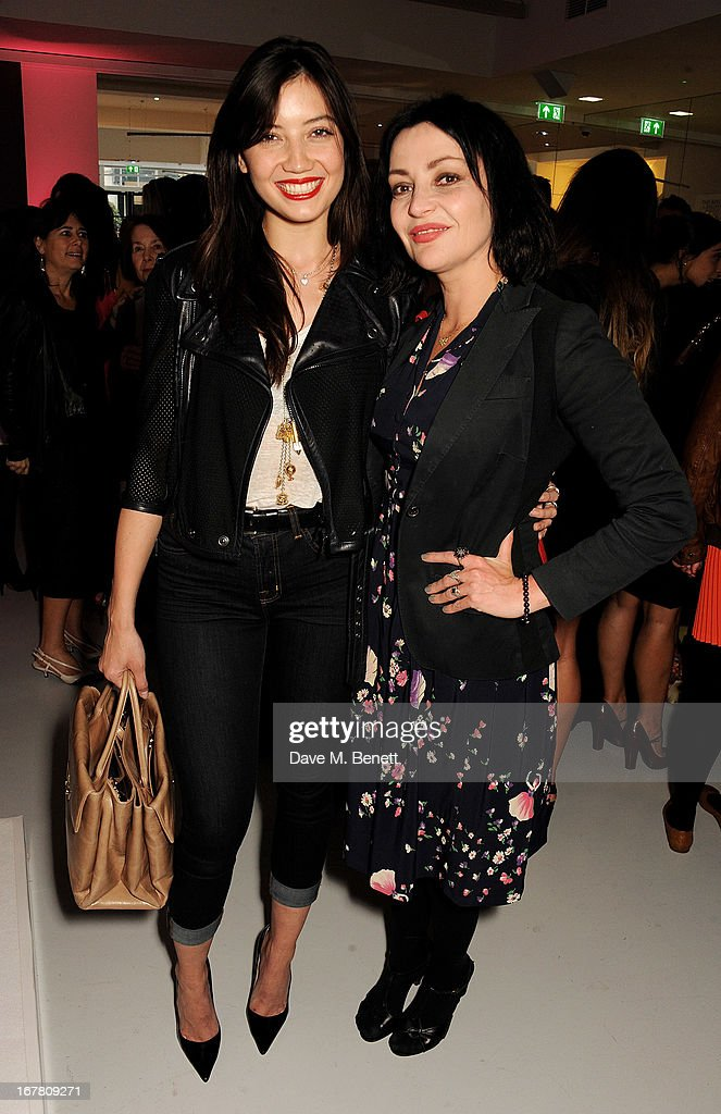 <a gi-track='captionPersonalityLinkClicked' href=/galleries/search?phrase=Daisy+Lowe&family=editorial&specificpeople=787647 ng-click='$event.stopPropagation()'>Daisy Lowe</a> (L) and <a gi-track='captionPersonalityLinkClicked' href=/galleries/search?phrase=Pearl+Lowe&family=editorial&specificpeople=211449 ng-click='$event.stopPropagation()'>Pearl Lowe</a> attend the Conde Nast College of Fashion & Design opening party at 16/17 Greek Street on April 30, 2013 in London, England.