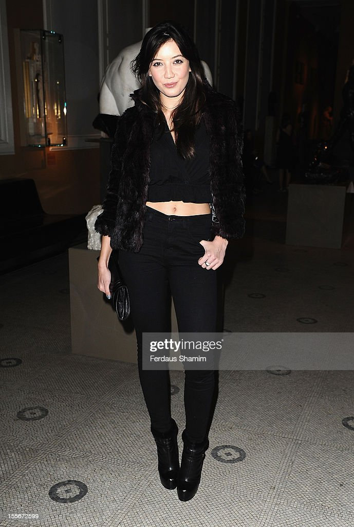 <a gi-track='captionPersonalityLinkClicked' href=/galleries/search?phrase=Daisy+Lowe&family=editorial&specificpeople=787647 ng-click='$event.stopPropagation()'>Daisy Lowe</a> attends the Hollywood Costume: American Airlines Gala at Victoria & Albert Museum on November 6, 2012 in London, England.