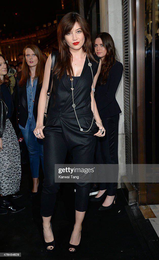 <a gi-track='captionPersonalityLinkClicked' href=/galleries/search?phrase=Daisy+Lowe&family=editorial&specificpeople=787647 ng-click='$event.stopPropagation()'>Daisy Lowe</a> attends the Karl Lagerfeld flagship store opening at Regent Street on March 13, 2014 in London, England.