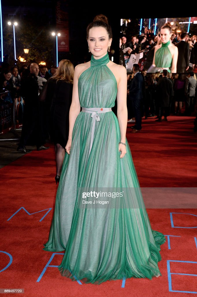 Daisy Ridley attends the 'Murder On The Orient Express' World Premiere at Royal Albert Hall on November 2, 2017 in London, England.
