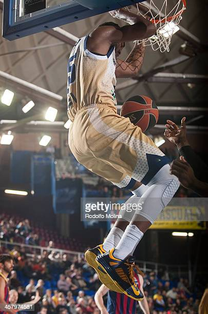 Dajuan Summers #35 of Budivelnik Kiev in action during the 20132014 Turkish Airlines Euroleague Regular Season Date 10 game between FC Barcelona v...