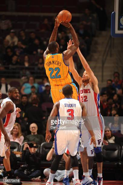 DaJuan Summers of the New Orleans Hornets shoots against Tayshaun Prince of the Detroit Pistons during the game on February 4 2012 at The Palace of...