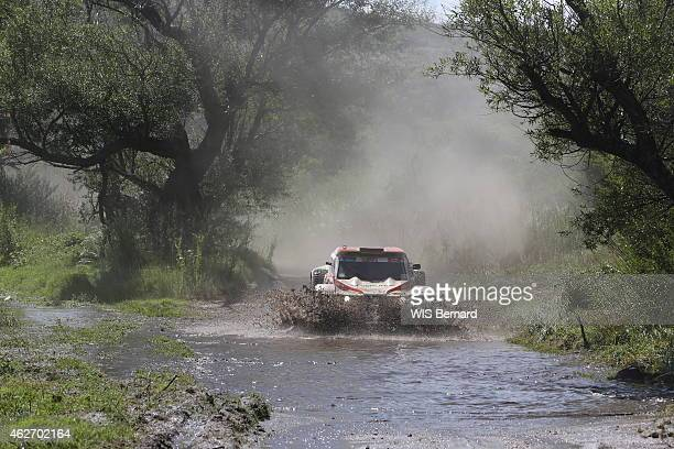 Dakar 2015 race the team of the Heart for cardiac surgery with the family Morel and MD Rallye in Argentina on January 15 2016