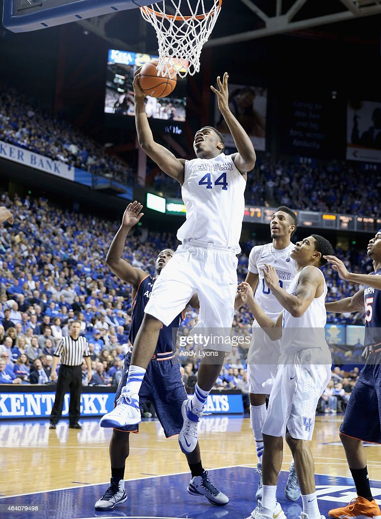 Dakari Johnson of the Kentucky Wildcats shoots the ball during the game against the Auburn Tigers at Rupp Arena on February 21 2015 in Lexington...