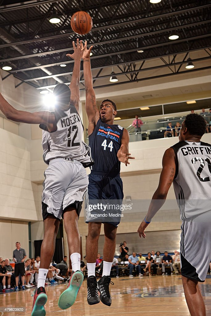 Dakari Johnson of the Oklahoma City Thunder shoots the ball against the Los Angeles Clippers in the 2015 Orlando Pro Summer League on July 7 2015 at...