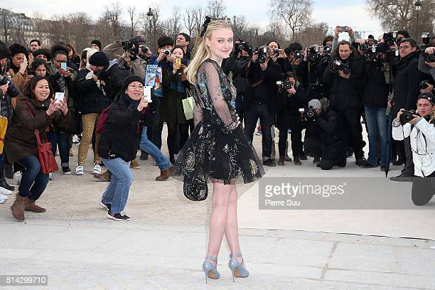Dakota Fanning arrives at the Valentino show as part of the Paris Fashion Week Womenswear Fall/Winter 2016/2017 on March 8 2016 in Paris France