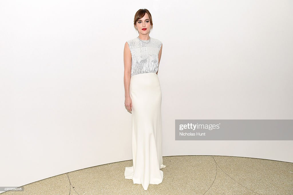 Dakota Johnson attends the 2015 Guggenheim International Gala Dinner made possible by Dior at Solomon R. Guggenheim Museum on November 5, 2015 in New York City.