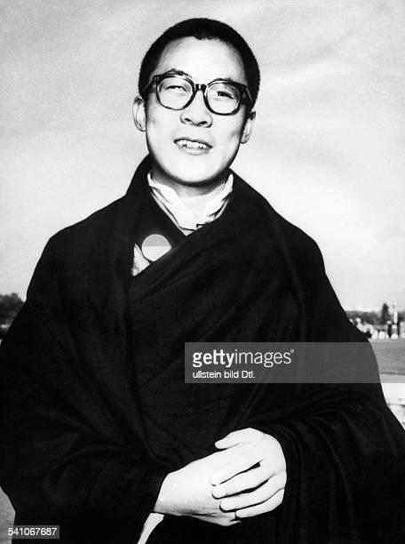 Dalai Lama 14 *Geistliches Oberhaupt der Tibeter ChinaFriedensnobelpreis 1989 Portrait 1956