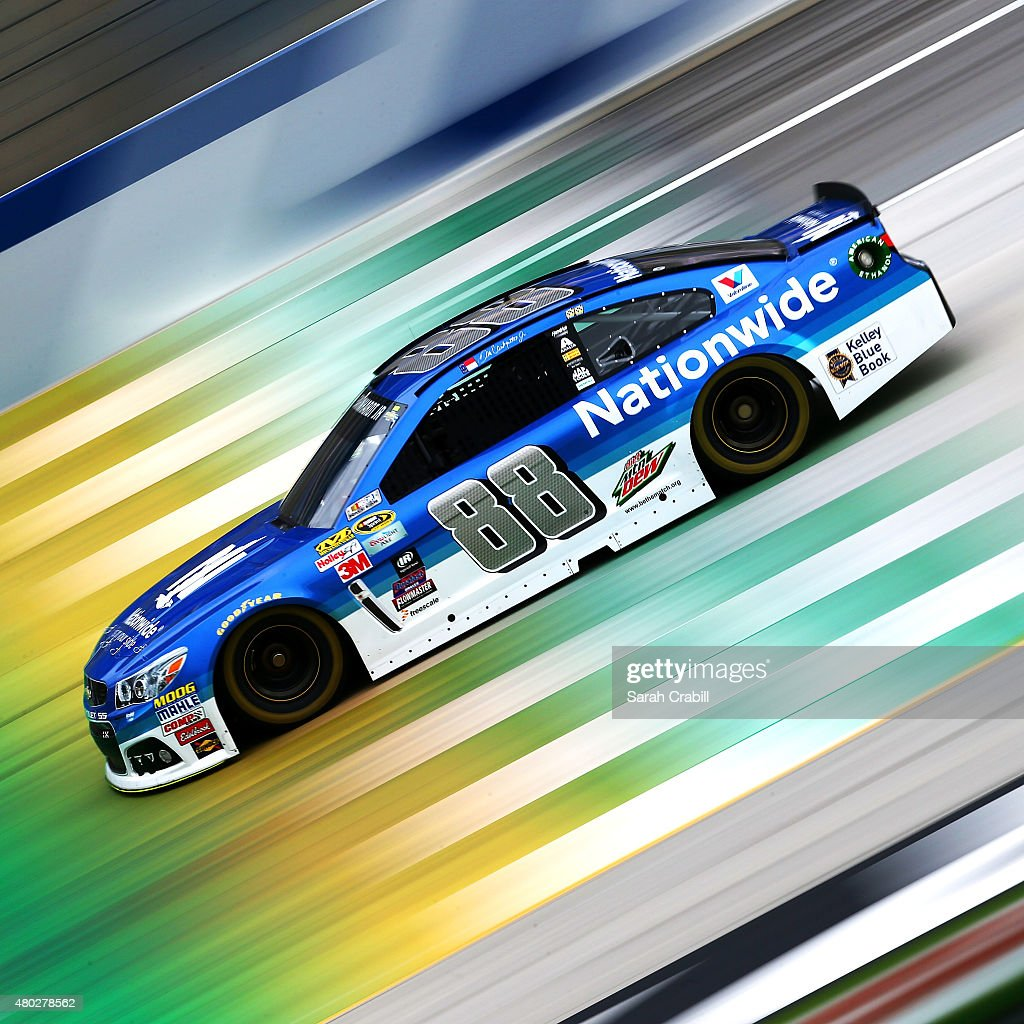 <a gi-track='captionPersonalityLinkClicked' href=/galleries/search?phrase=Dale+Earnhardt+Jr.&family=editorial&specificpeople=171293 ng-click='$event.stopPropagation()'>Dale Earnhardt Jr.</a>, driver of the #88 Nationwide Chevrolet, practices for the NASCAR Sprint Cup Series Quaker State 400 Presented by Advance Auto Parts at Kentucky Speedway on July 10, 2015 in Sparta, Kentucky.