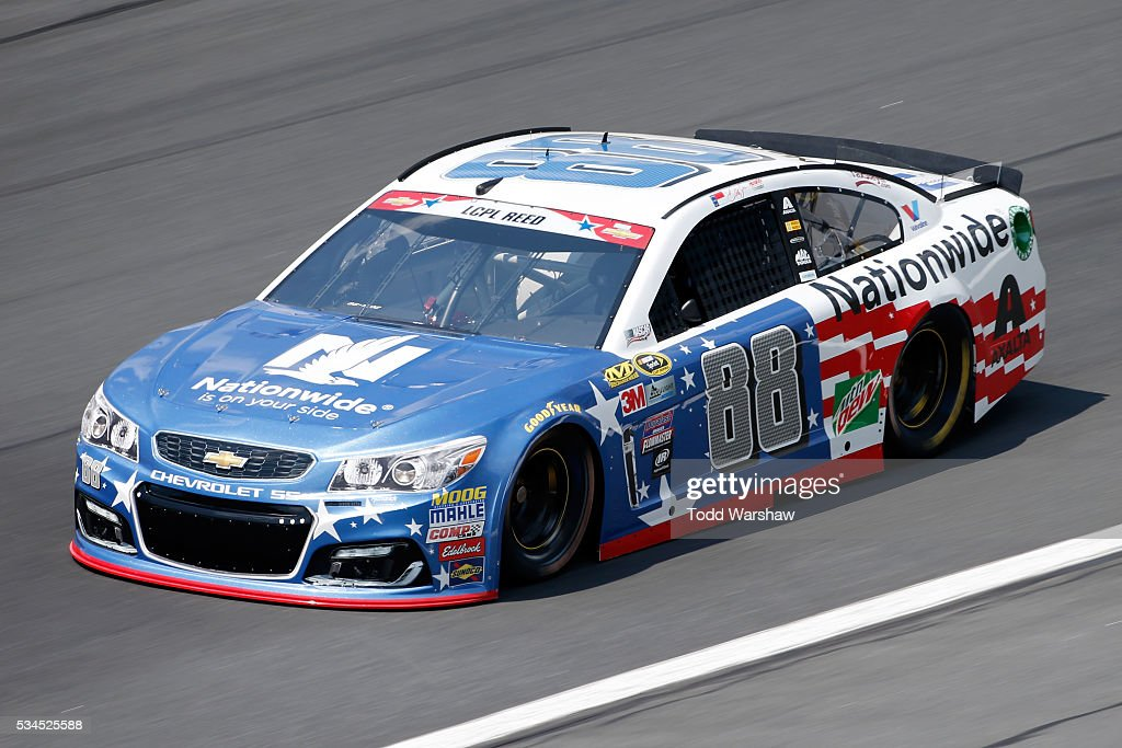 <a gi-track='captionPersonalityLinkClicked' href=/galleries/search?phrase=Dale+Earnhardt+Jr.&family=editorial&specificpeople=171293 ng-click='$event.stopPropagation()'>Dale Earnhardt Jr.</a>, driver of the #88 Nationwide Chevrolet, practices for the NASCAR Sprint Cup Series Coca-Cola 600 at Charlotte Motor Speedway on May 27, 2016 in Charlotte, North Carolina.