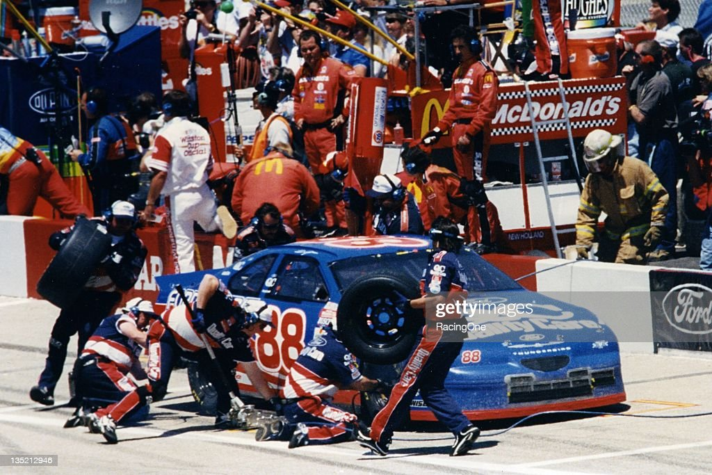 <a gi-track='captionPersonalityLinkClicked' href=/galleries/search?phrase=Dale+Jarrett&family=editorial&specificpeople=204603 ng-click='$event.stopPropagation()'>Dale Jarrett</a> pits during a NASCAR Cup Series race circa 1990's.