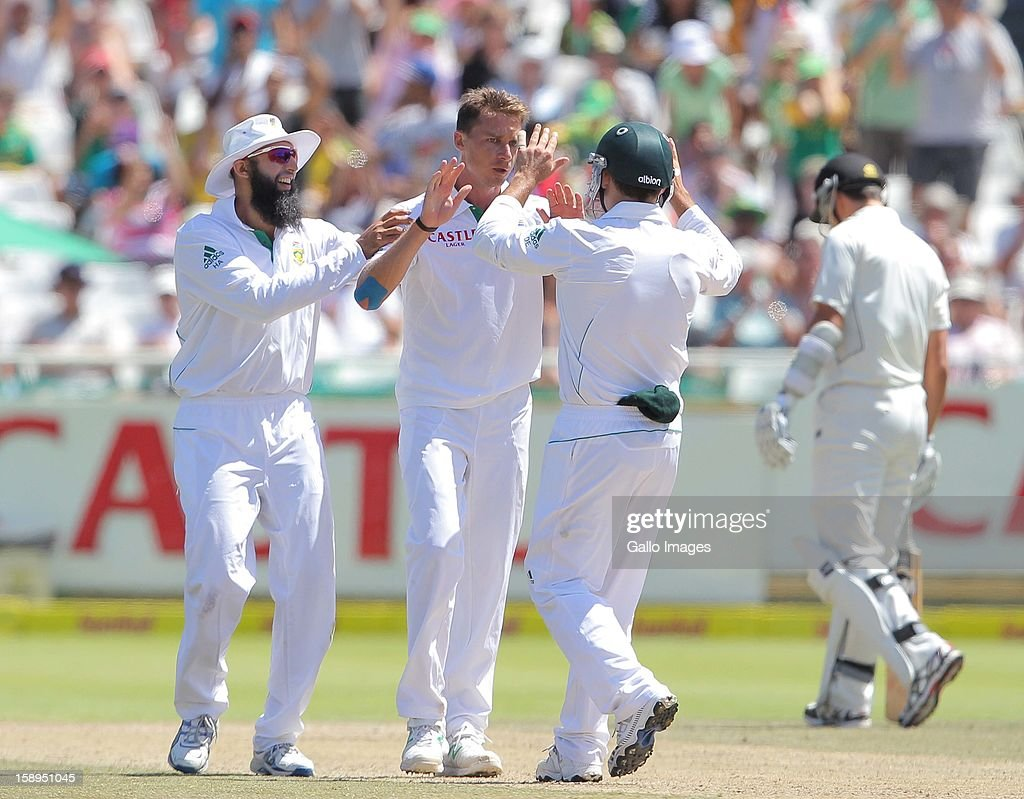 <a gi-track='captionPersonalityLinkClicked' href=/galleries/search?phrase=Dale+Steyn&family=editorial&specificpeople=649553 ng-click='$event.stopPropagation()'>Dale Steyn</a> celebrates another wicket during day 3 of the 1st Test between South Africa and New Zealand at Sahara Park Newlands on January 04, 2013 in Cape Town, South Africa.
