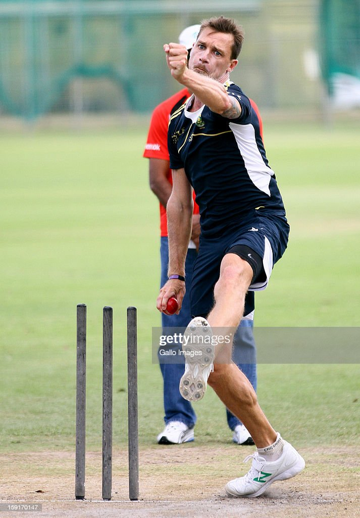 <a gi-track='captionPersonalityLinkClicked' href=/galleries/search?phrase=Dale+Steyn&family=editorial&specificpeople=649553 ng-click='$event.stopPropagation()'>Dale Steyn</a> during the South African national cricket team training session at Axxess St Georges on January 09, 2013 in Port Elizabeth, South Africa.