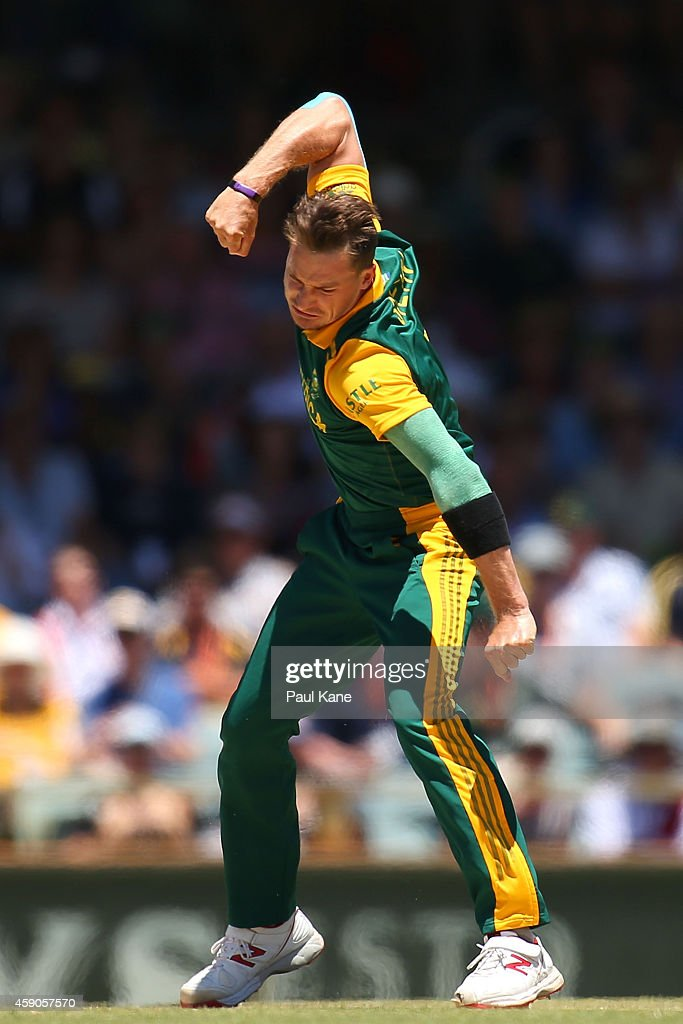 <a gi-track='captionPersonalityLinkClicked' href=/galleries/search?phrase=Dale+Steyn&family=editorial&specificpeople=649553 ng-click='$event.stopPropagation()'>Dale Steyn</a> of South Africa celebrates after dismissing Aaron Finch of Australia during the One Day International match between Australia and South Africa at WACA on November 16, 2014 in Perth, Australia.