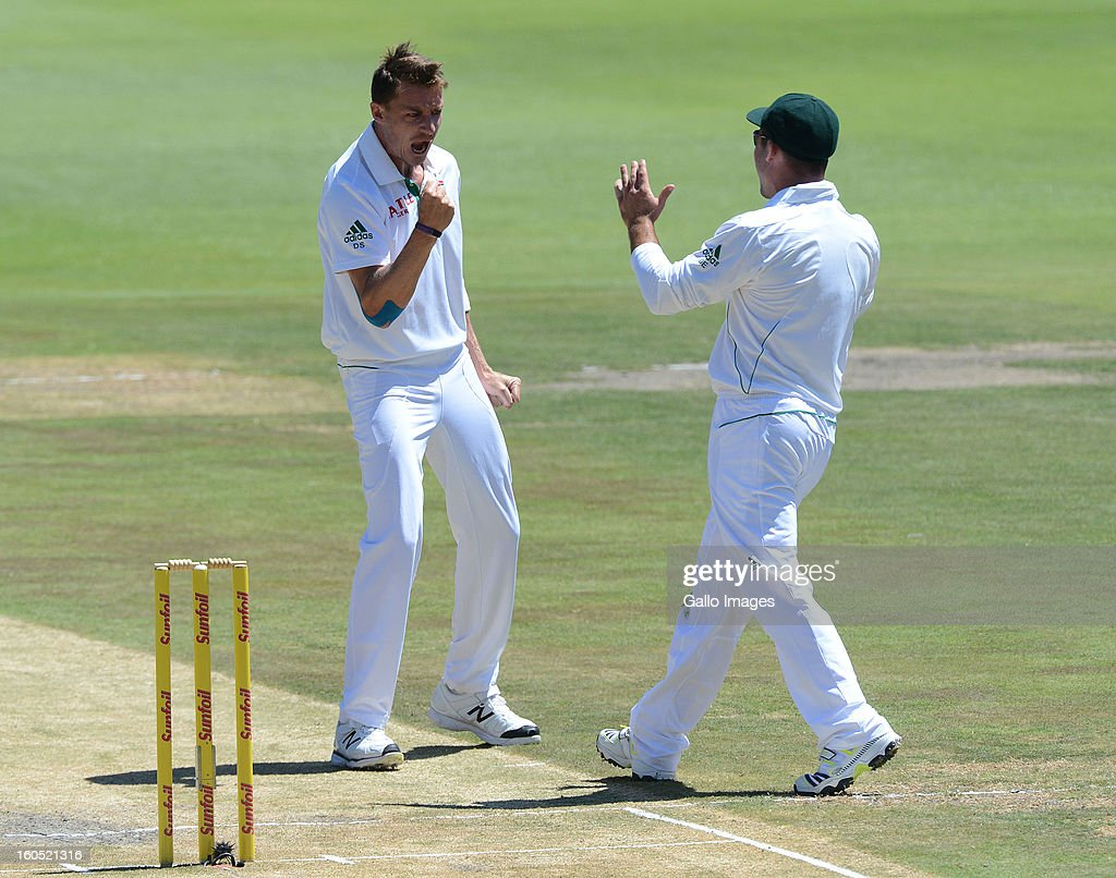 Dale Steyn of South Africa (L) celebrates another Pakistan wicket during day 2 of the 1st Test match between South Africa and Pakistan at Bidvest Wanderers Stadium on February 02, 2013 in Johannesburg, South Africa.