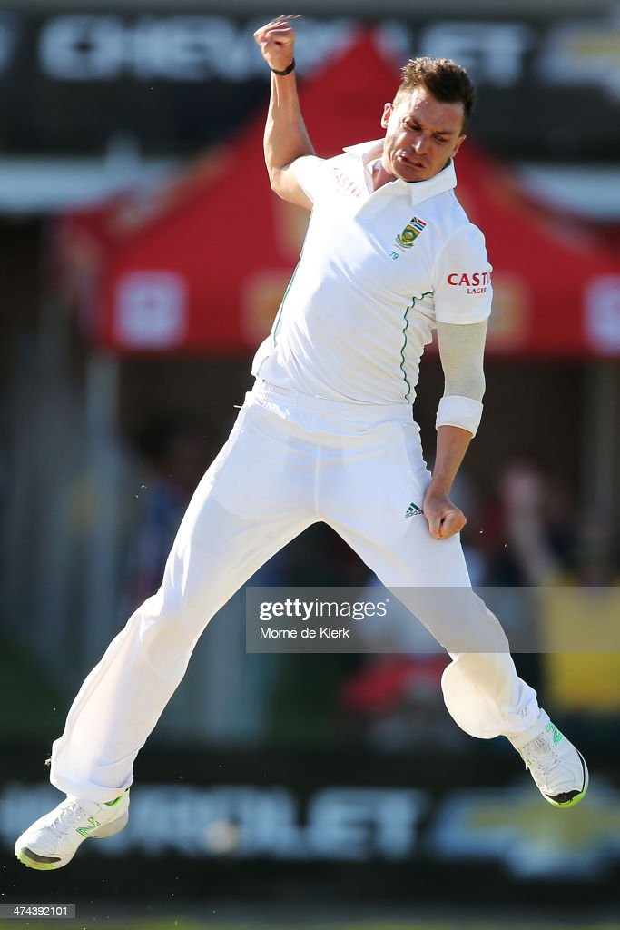 <a gi-track='captionPersonalityLinkClicked' href=/galleries/search?phrase=Dale+Steyn&family=editorial&specificpeople=649553 ng-click='$event.stopPropagation()'>Dale Steyn</a> of South Africa celebrates getting the wicket of Michael Clarke of Australia during day four of the Second Test match between South Africa and Australia at AXXESS St George's Cricket Stadium on February 23, 2014 in Port Elizabeth, South Africa.