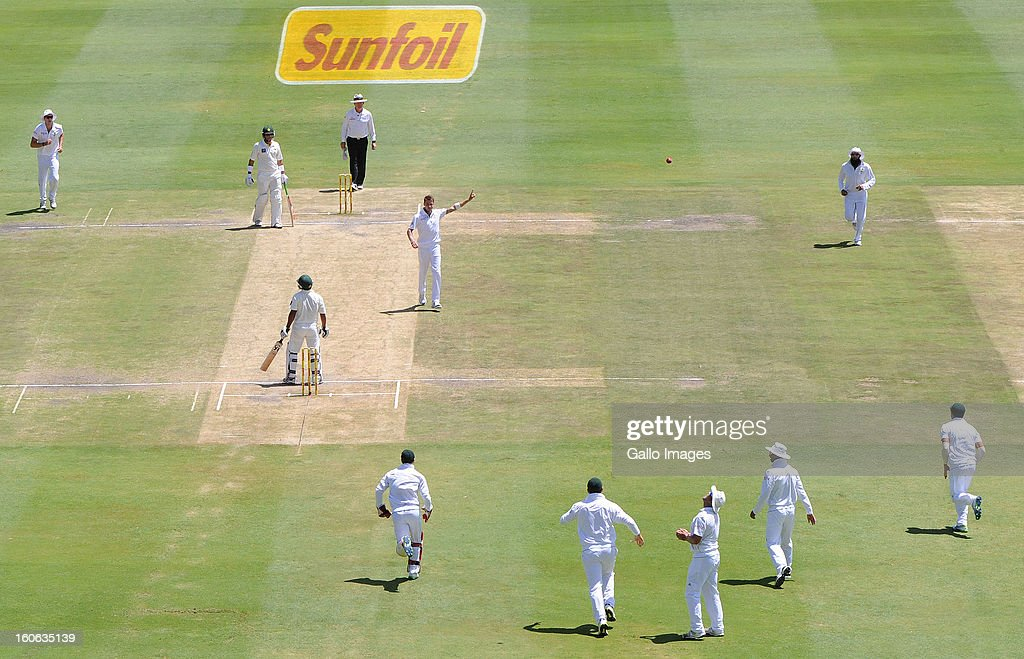 <a gi-track='captionPersonalityLinkClicked' href=/galleries/search?phrase=Dale+Steyn&family=editorial&specificpeople=649553 ng-click='$event.stopPropagation()'>Dale Steyn</a> of South Africa celebrates the wicket of Asad Shafiq of Pakistan during day 4 of the 1st Test match between South Africa and Pakistan at Bidvest Wanderers Stadium on February 4, 2013 in Johannesburg, South Africa.