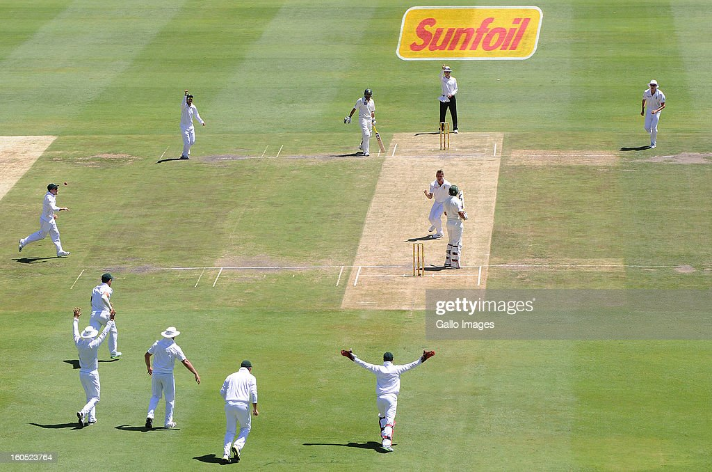 <a gi-track='captionPersonalityLinkClicked' href=/galleries/search?phrase=Dale+Steyn&family=editorial&specificpeople=649553 ng-click='$event.stopPropagation()'>Dale Steyn</a> of South Africa celebrates the wicket of Nazir Jamshed of Pakistan for 2 runs during day 2 of the 1st Test match between South Africa and Pakistan at Bidvest Wanderers Stadium on February 02, 2013 in Johannesburg, South Africa.