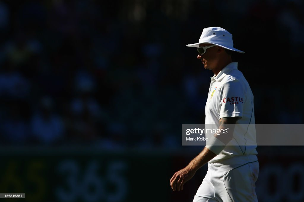 <a gi-track='captionPersonalityLinkClicked' href=/galleries/search?phrase=Dale+Steyn&family=editorial&specificpeople=649553 ng-click='$event.stopPropagation()'>Dale Steyn</a> of South Africa looks on during day one of the 2nd Test match between Australia and South Africa at Adelaide Oval on November 22, 2012 in Adelaide, Australia.