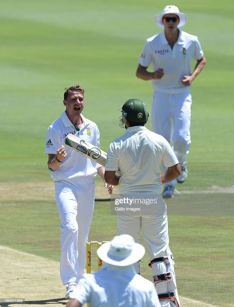 Dale Steyn of South Africa (L) traps Nazir Jamshed of Pakistan lbw for 2 runs during day 2 of the 1st Test match between South Africa and Pakistan at Bidvest Wanderers Stadium on February 02, 2013 in Johannesburg, South Africa.