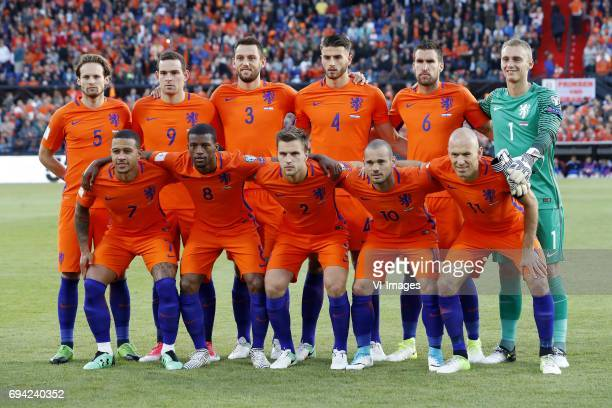 Daley Blind of Holland Vincent Janssen of Holland Stefan de Vrij of Holland Wesley Hoedt of Holland Kevin Strootman of Holland goalkeeper Jasper...