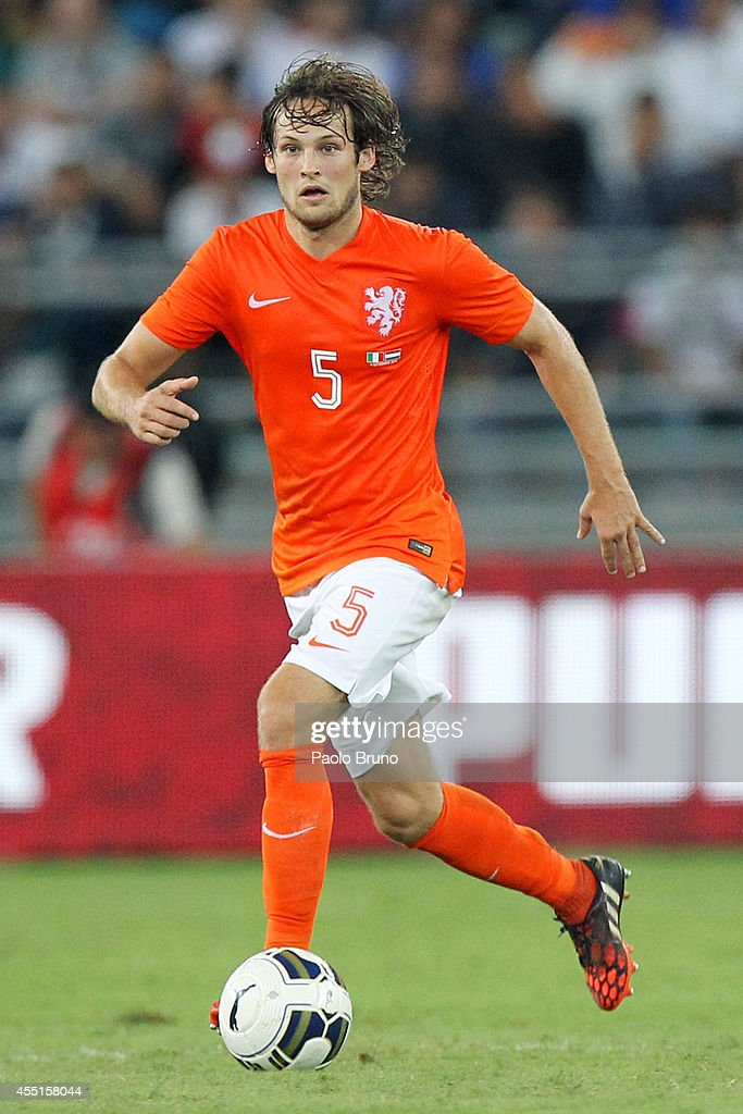 Daley Blind of Netherlands in action during the international friendly match between Italy and Netherlands at Stadio San Nicola on September 4 2014...