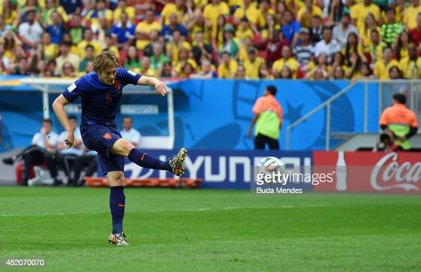 Daley Blind of the Netherlands scores his team's second goal during the 2014 FIFA World Cup Brazil Third Place Playoff match between Brazil and the...