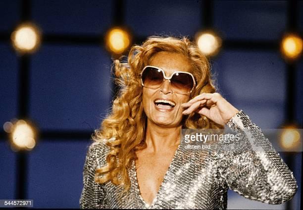 Dalida Musikerin Saengerin Frankreich Auftritt 1980