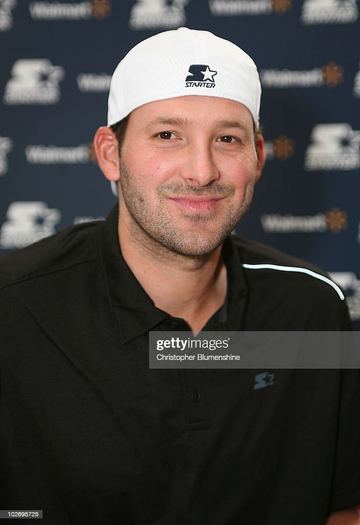 Starter Spokesperson Tony Romo Appears at Walmart