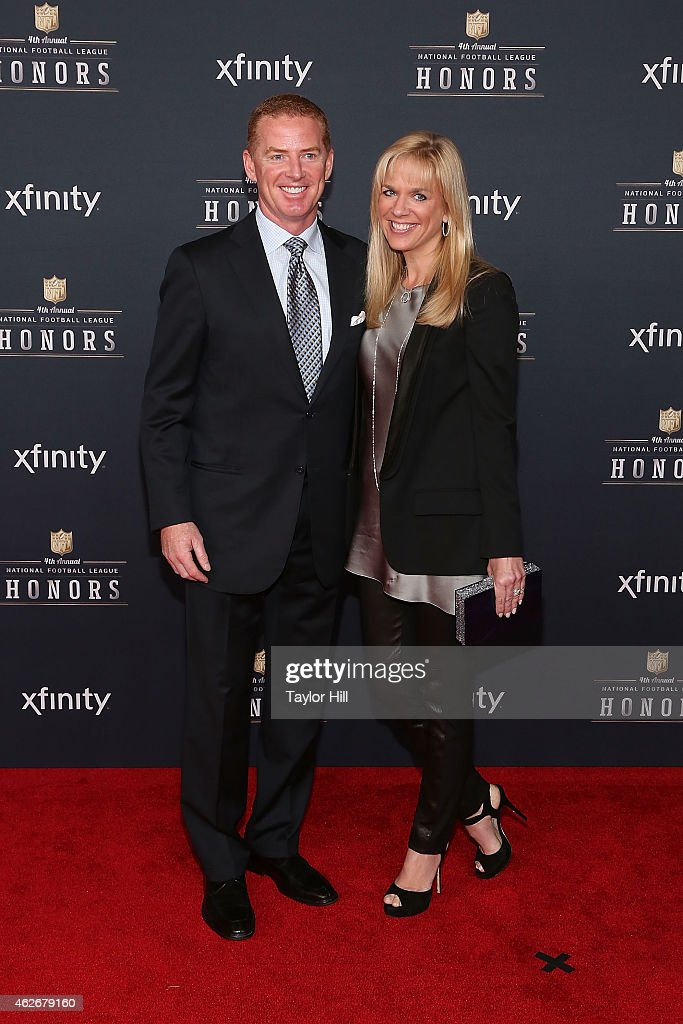 Dallas Cowboys head coach <a gi-track='captionPersonalityLinkClicked' href=/galleries/search?phrase=Jason+Garrett&family=editorial&specificpeople=965512 ng-click='$event.stopPropagation()'>Jason Garrett</a> attends the 2015 NFL Honors at Phoenix Convention Center on January 31, 2015 in Phoenix, Arizona.