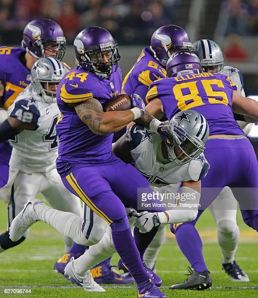 Dallas Cowboys inside linebacker Damien Wilson stops Minnesota Vikings running back Matt Asiata for a loss of two in the first quarter as the Dallas...