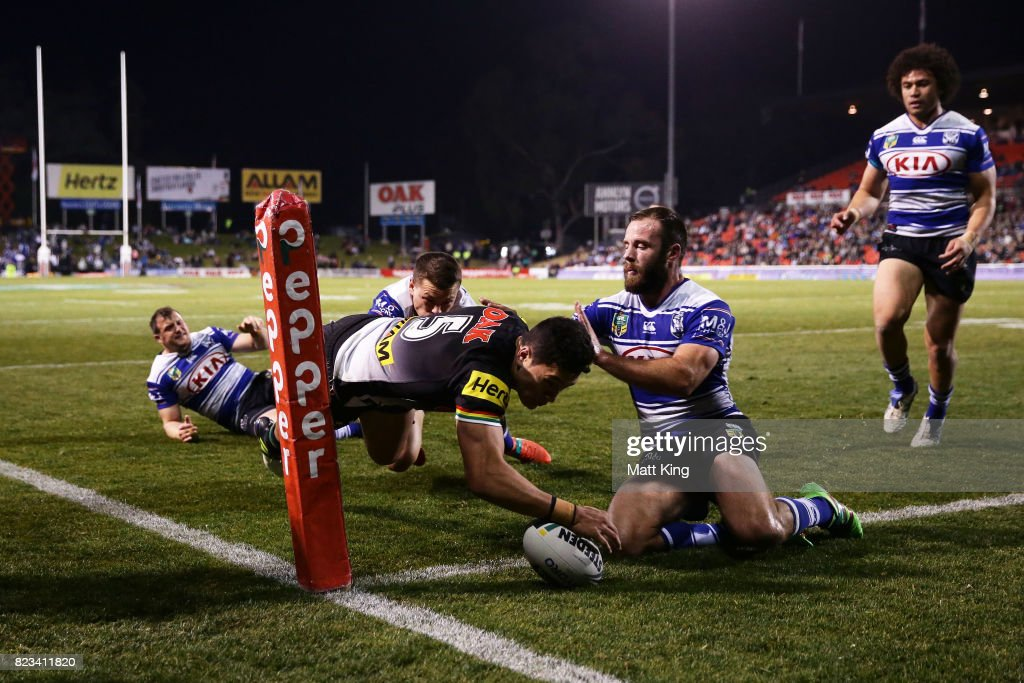 Dallin Watene Zelezniak of the Panthers scores a try in the corner during the round 21 NRL match between the Penrith Panthers and the Canterbury Bulldogs at Pepper Stadium on July 27, 2017 in Sydney, Australia.