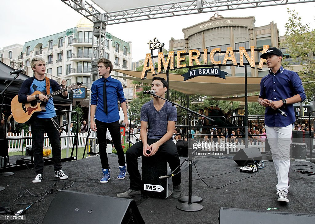 Dalton Rapattoni Cole Pendery Will Jay Gabriel Morales and Dana Vaughns of IM5 performs at the 'Wee Rock' concert and benefit for the Children's...