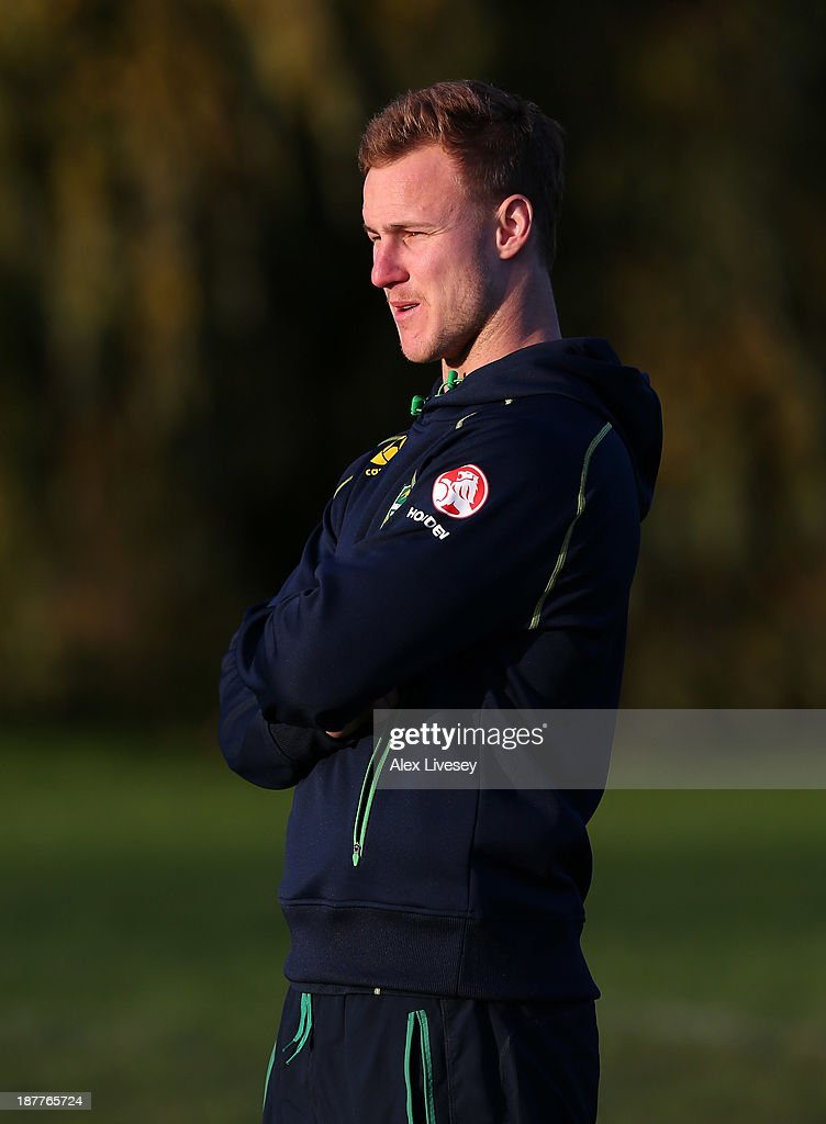 <a gi-track='captionPersonalityLinkClicked' href=/galleries/search?phrase=Daly+Cherry-Evans&family=editorial&specificpeople=7594603 ng-click='$event.stopPropagation()'>Daly Cherry-Evans</a> of Australia gives out coaching tips to school boys from seven different schools to help kick off the Mancunians inaugural Year 10 tournament the largest Rugby League schools event held in the city of Manchester at Parrswood High School on November 12, 2013 in Manchester, England.