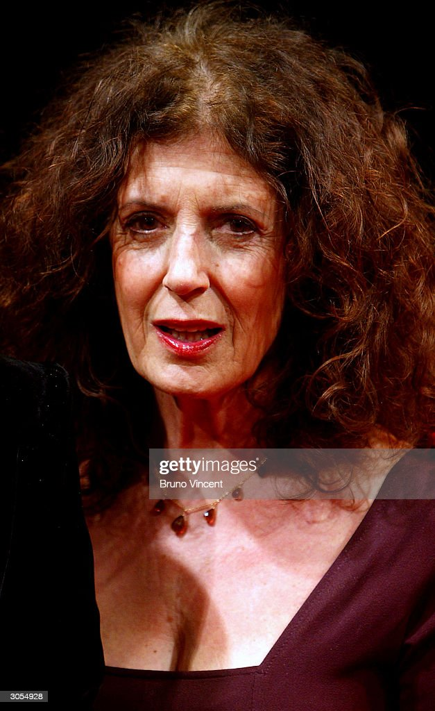 essay on dame anita roddick The death of dame anita roddick from a brain haemorrhage, after suffering from hepatitis c for 30 years, was met with great shock by the many she inspired.