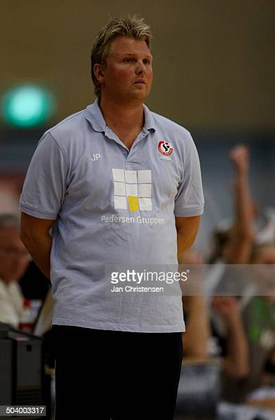 Dame Ligaen Coach Jan Paulsen Team Esbjerg © Jan Christensen / Frontzonesportdk