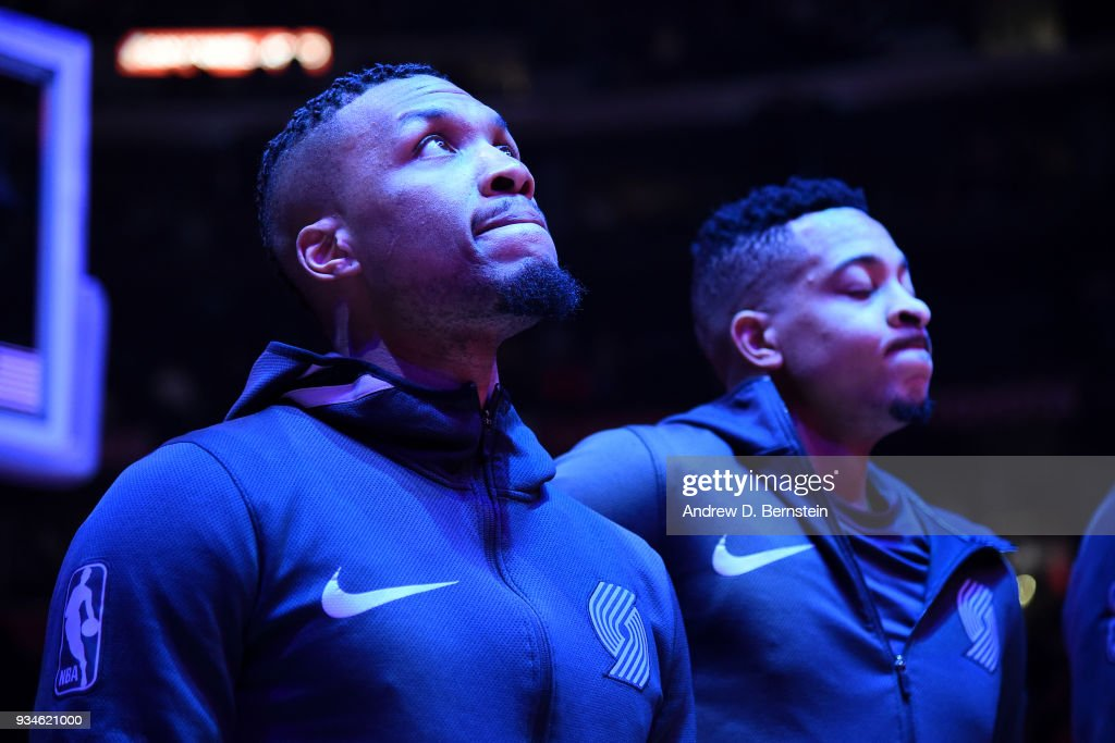 Damian Lillard #0 of the Portland Trail Blazers looks on before the game against the LA Clippers on March 18, 2018 at STAPLES Center in Los Angeles, California.