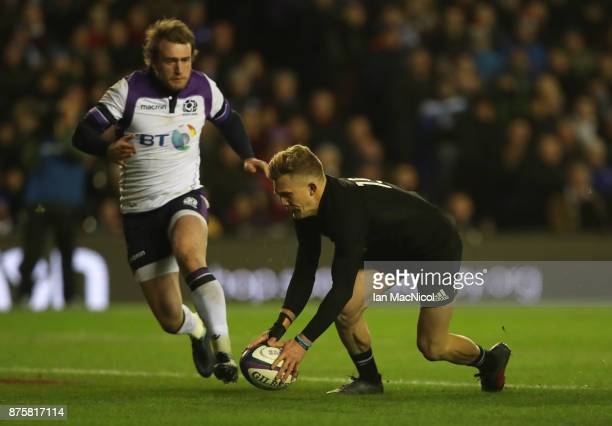 Damian McKenzie of New Zealand scores his teams second try during the International test match between Scotland and New Zealand at Murrayfield...